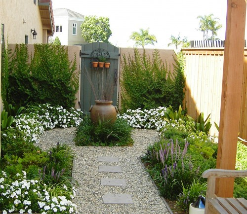 Beautiful Small Garden Alert! Image Via Pinterest Part 75