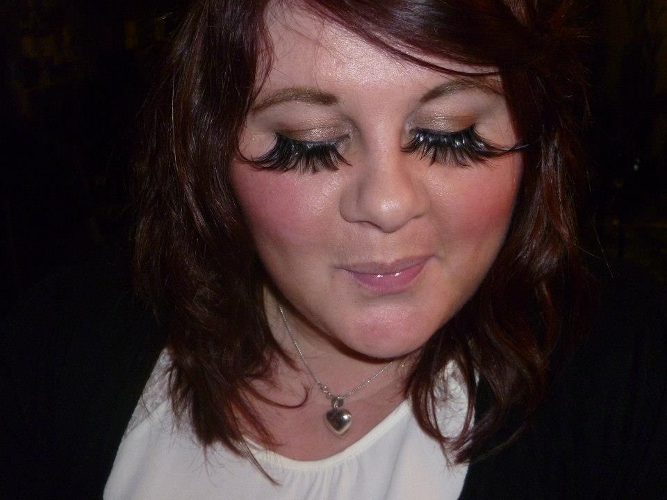 false eyelashes | The Utter Blog