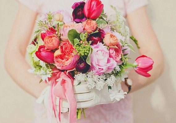 Flowers: Lindsay Colletta Desgins // Image: Our Labour of Love